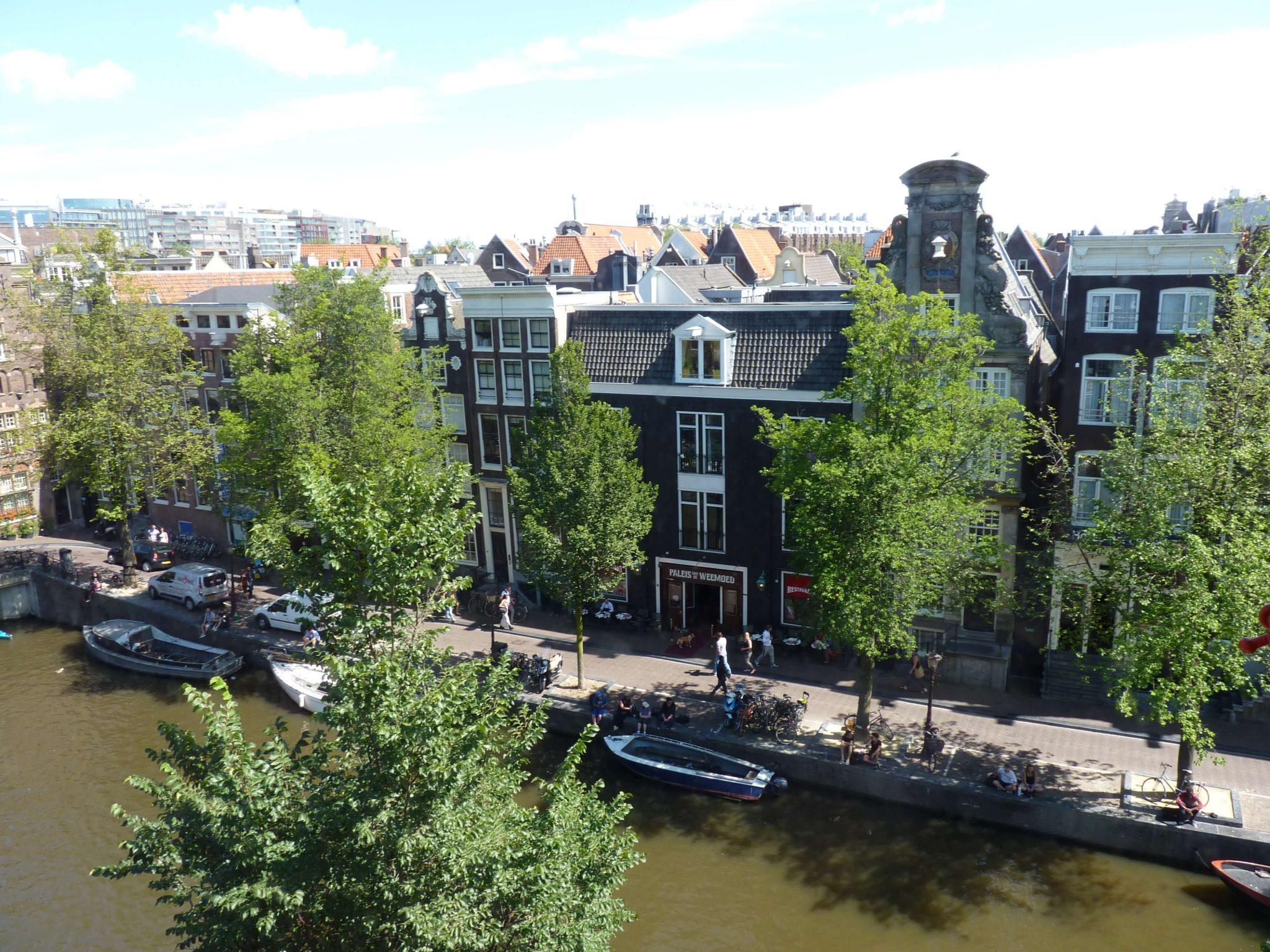 Igreja de Nosso Senhor do Sótão vista canais Amesterdão Países Baixos Mundo Indefinido